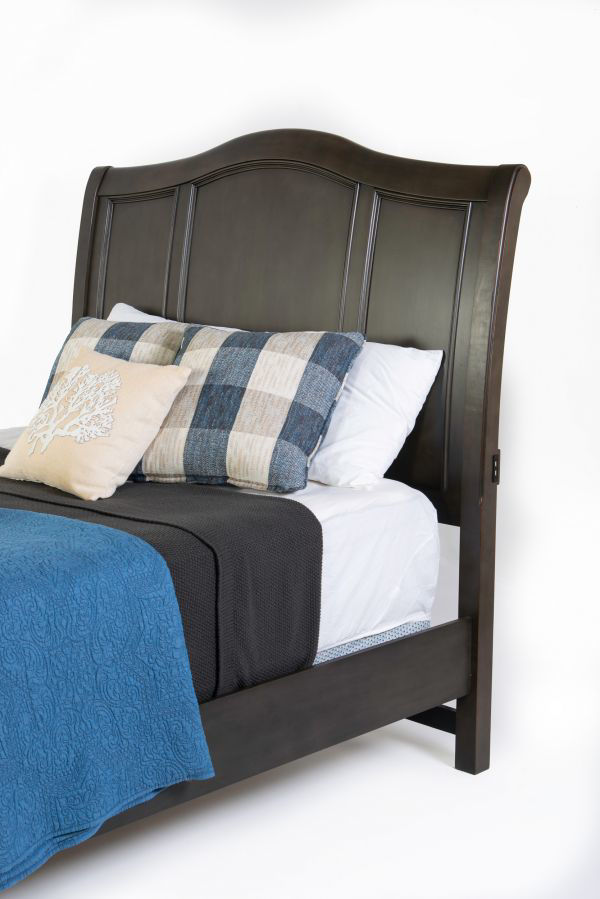 Picture of OXFORD PEPPER CORN QUEEN SLEIGH BED