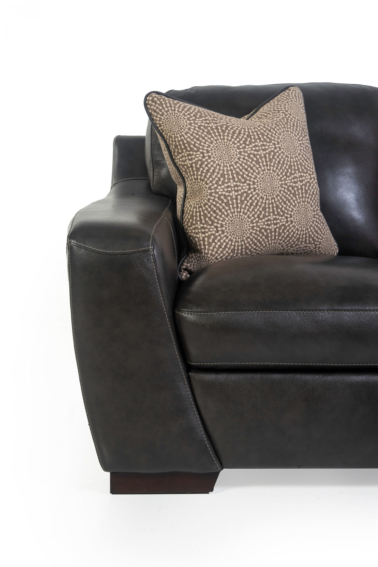 Picture of ALPHA LEATHER LOVESEAT