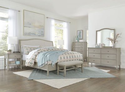 Picture of CHARLOTTE QUEEN UPHOLSTERED BEDROOM SET